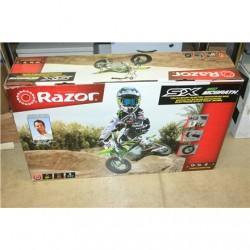 SALE OUT. Razor MrGrath/Kawasaki Style Dirtbike, green Razor SX350 Dirt Rocket McGrath, 22 km/h, Green, DAMAGED PACKAGING